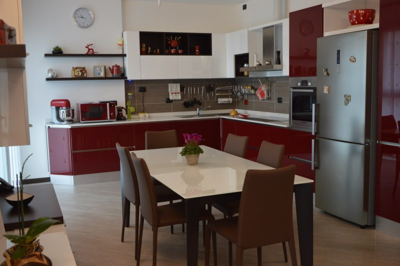 Cucine Moderne - Vantellino Arredamenti Produzione mobili su ...